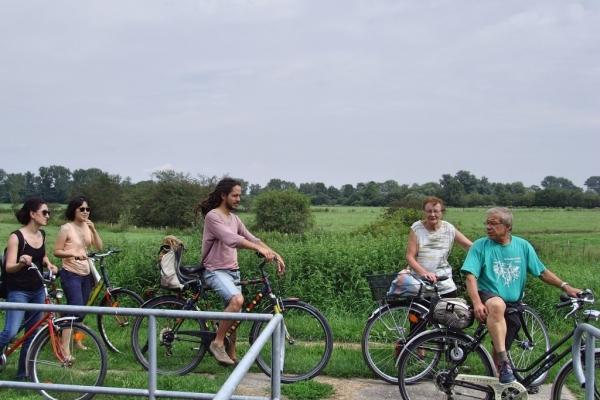 fahrrad-a-3EC7CCAFA-FAC0-40DB-27F4-9BFBAD154CFB.jpg